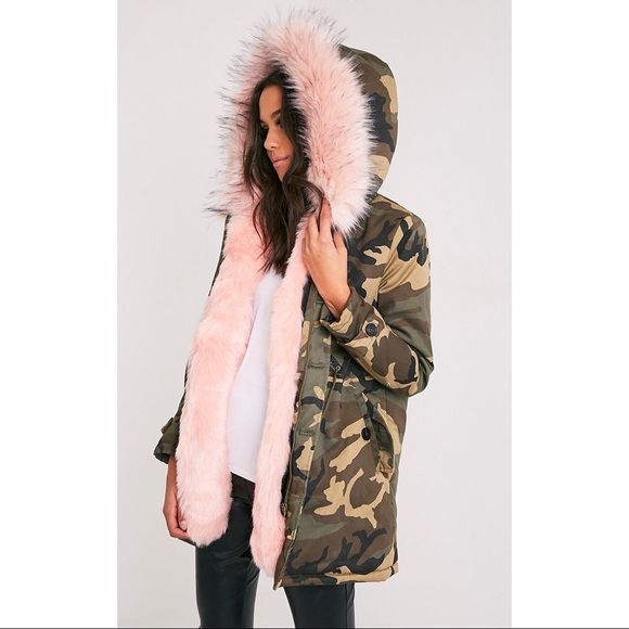 a1a35ccd3f Fliss Baby Pink Camo Faux Fur Lined Parka. M 5afe35b0fcdc31912ef36e71